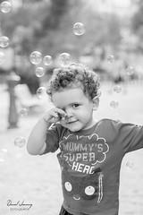 IMG_7555 - e bn (Daniel JG) Tags: baby kid bn blackandwhite blancoynegro portrait retrato park smile parque funny happy nephew slide columpio tombogan bubble pompas jabon eos canon 600d danifotografia danieljg danieljimenezfotowixcomportfolio