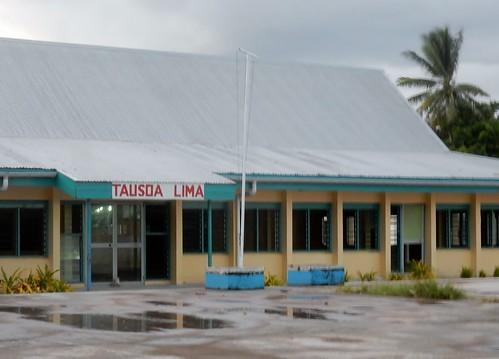 "Tausoa Lima (Hand of Friendship"""