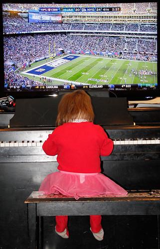 masha_piano