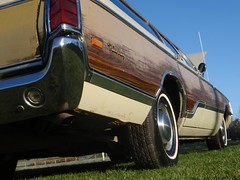 1970 Chrysler Town & Country (cargeek74) Tags: 1970 chrysler mopar stationwagon towncountry