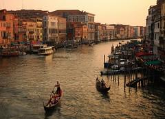 Grand Canal (va Lilla) Tags: venice sunset canal view tourist romantic gondola grandcanal rialto