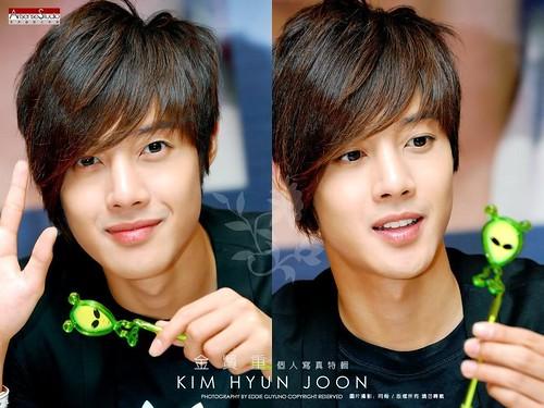 sweet-hyun-kim-hyun-joong-10286211-1024-768