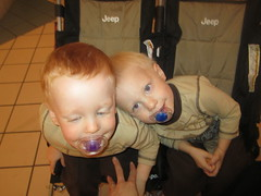 IMG_4759 (drjeeeol) Tags: baby love brothers siblings charlie will triplet 2010 26monthsold