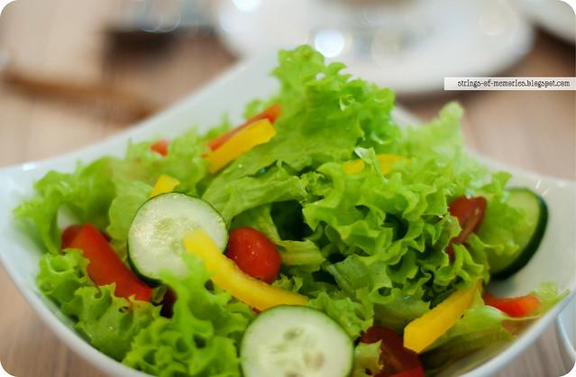 Garden Salad with Sesame Vinaigrette