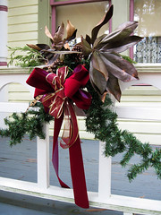 Christmas Garland (meeko_) Tags: christmas house heritage museum florida garland seven gables largo villlage houseofsevengables heritagevillage