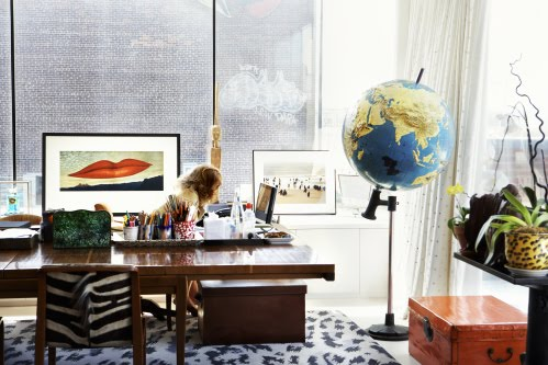 dvf desk office