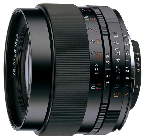 D700+Nokton 58mm F1.4+廣州冒雨行