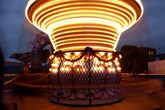 Photo 104. (Adrien Ferri) Tags: light night canon pose children long exposure cannes lumire carousel enfants nuit mange longue 550d