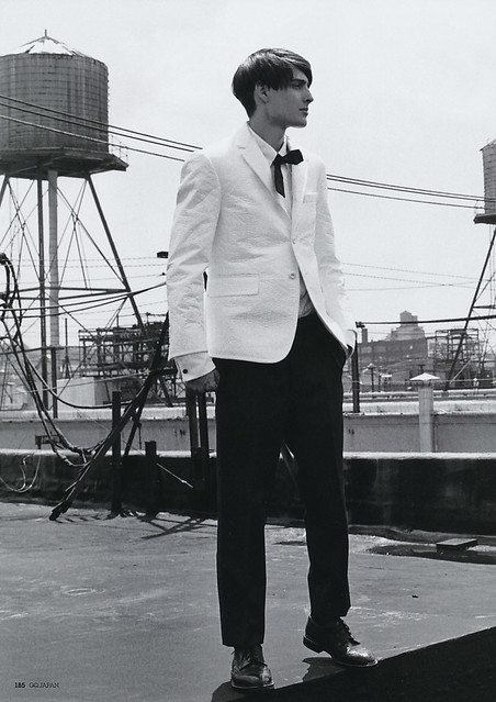 Dragos Stoian5001(GQ Japan40_2006_09)