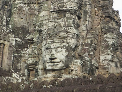 smile of angkor c