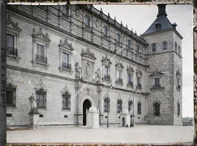 Alcázar de Toledo entre el 15 y el 17 de junio de 1914. Autocromo de Auguste Léon. © Musée Albert-Kahn - Département des Hauts-de-Seine