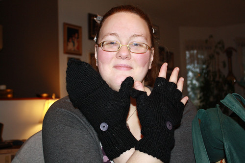 Kim with fabulous Ari-made Smart Gloves