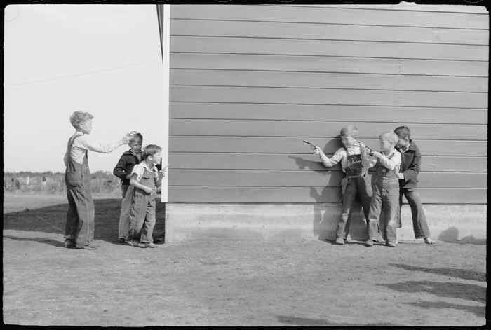 Library of Congress image - kids with toy guns and overalls in Texas
