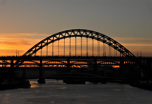 SUNSET TYNE BRIDGE NEWCASTLE UK