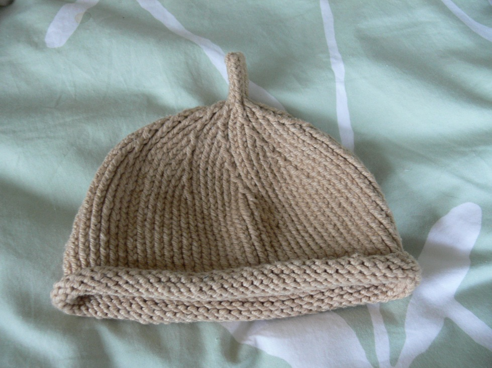 Jenny: Stem Hat for Baby