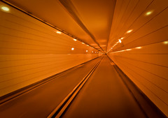 Rotterdam Meetup (and V): Guide me to the End of this Tunnel (B'Rob) Tags: street travel light orange streetart holland color art tourism netherlands dutch bike architecture photography lights google arquitectura rotterdam nikon flickr nederland thenetherlands tunnel bicicleta tourist best explore most cielo bici holanda bicicle tunel euromast mejor zuidholland brob explored brobphoto