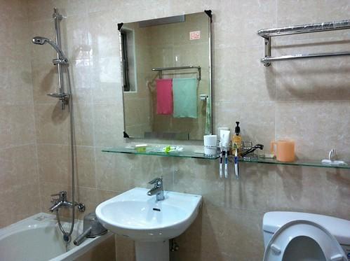 裝潢完工-浴室