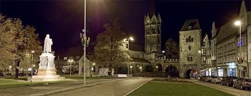 Eisenach - Bachstatue bei Nacht