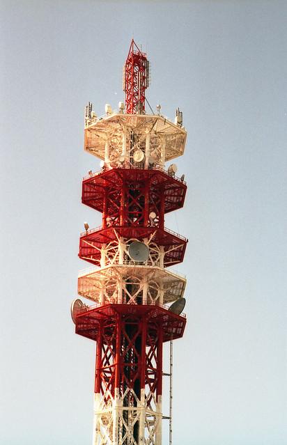 電波塔のフリー写真素材