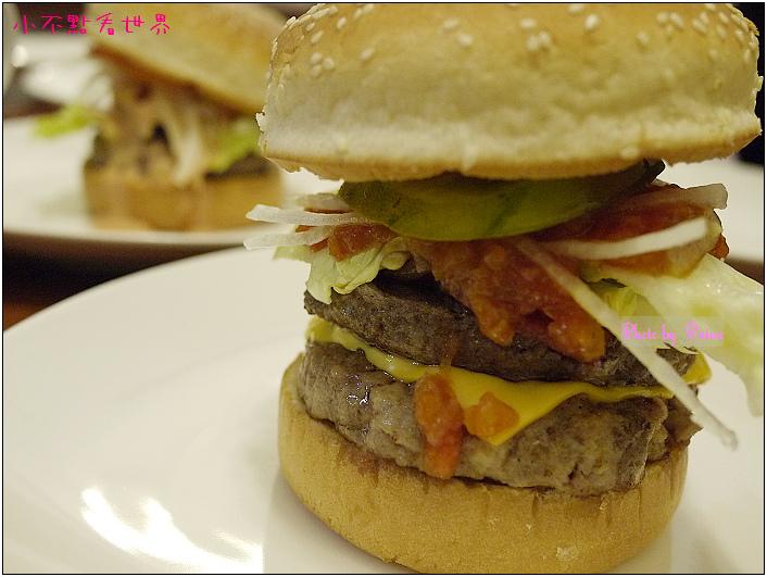 中原Champ Burger 24.JPG