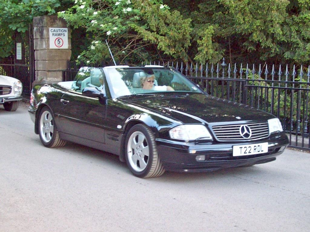 110 Mercedes SL320 Auto (1998-02)