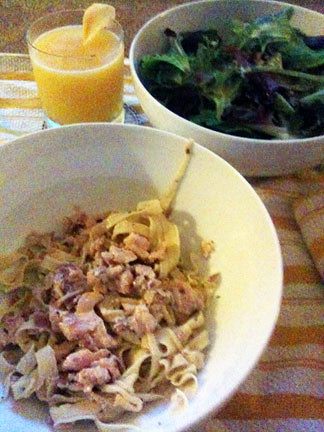 Homemade pasta with salmon, cream, and rosemary / Limoncello cocktail / Green salad with lemon mustard dressing