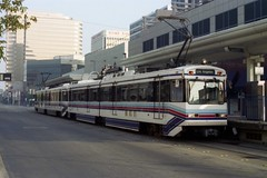Long Beach Transit Mall (Andy961) Tags: longbeach losangeles california ca metro subway rapidtransit lightrail mta lamta sumitomo tram lrv