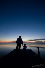 Teresa y Lydia (miguel ngel pelegr) Tags: lago noche muelle agua teresa lydia calma ocaso tarde anochecer albufera