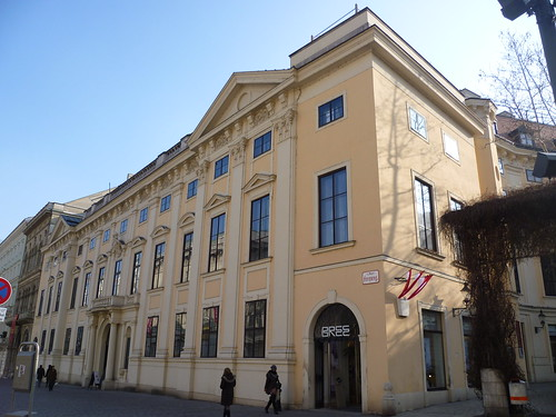Thumbnail from Palais Harrach
