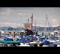 El galeon (Rober Martinez Photography) Tags: muelle barco galicia galiza pontevedra bote baiona arribada yate