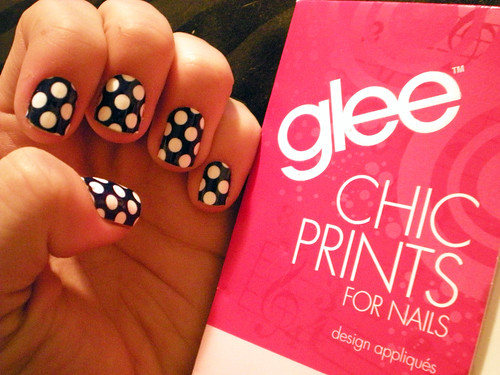 glee polka dot nail strips