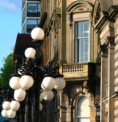 Lamp Posts at the Glasgow City Chambers (Colorado Sands) Tags: uk greatbritain architecture scotland arquitectura unitedkingdom britain lowlands scottish georgesquare escocia ornaments architektur lamps ironwork ornamental glascow esccia schottland lampposts scozia glasgowcitychambers citychambers cosse citybuildings sandraleidholdt leidholdt sandyleidholdt westcentrallowlands