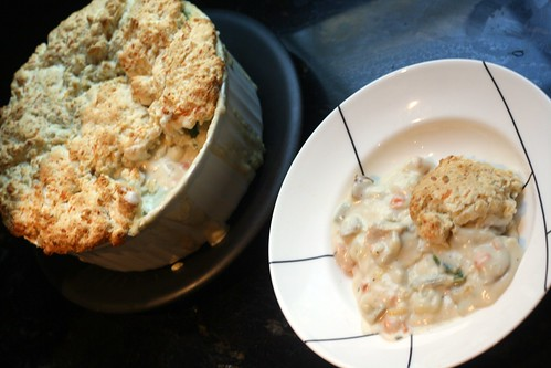 Garlic Cheddar Biscuit Chicken Pot Pie