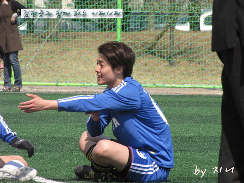 Kim Hyun Joong  FC Men Soccer Match [26.03.11]