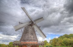 Wings in clouds (blavandmaster) Tags: ostwestfalen deutschland himmel clouds ciel duitsland countryside landschaft 2016 architektur nrw storybook wolken incredible ferrytale handheld 24105 freilichtmuseum christiankortum detmold photomatix landscape tyskland happy openluchtmuseum processing allemagne fachwerk hdr germany beautiful interesting harmonic openairmuseum awesome light herbst architecture complete eos6d lippe perfect nuages sky