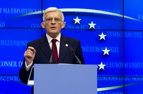 Jerzy Buzek at the European Council on 4th February 2011 (Photo: Flickr/European Council)