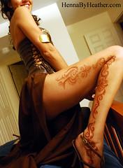 5_leg_gladiator_sexy_mehndi_halloween_costume