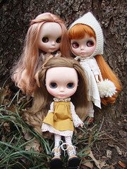 ADAD 52/365: three sisters (maidensuit) Tags: family portrait nature girl sisters outside vinter dolls natural very blythe dear mori vicky lele arden