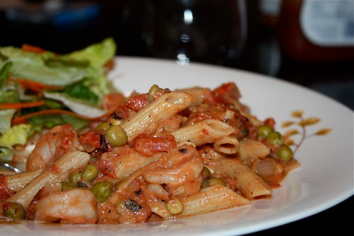Pasta with Creamy Shrimp, Tomatoes and Peas