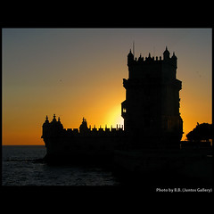 Sunset waltz ... (juntos ( MOSTLY OFF)) Tags: friends sunset portugal friendship lisboa chapeau excellent wag citysquare blueribbon musictomyeyes torredebelem greatphoto bellissima themoulinrouge greatart gatetoparadise lavieenrose cherryontop supershot sailthesevenseas soulscapes mywinners indiasong aphotos heartsawards flickrshearts eperke sunsetmania everydayissunday b