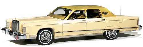 NEO Lincoln Continental 77