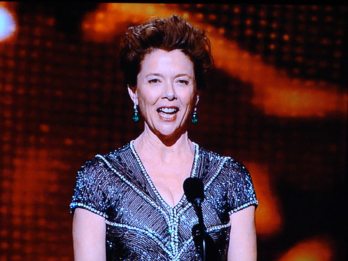 annette bening hairstyles. 11:06 – Annette Bening comes
