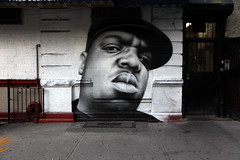 BIGGIE Mural in Brooklyn New York (jamie nyc) Tags: nyc newyorkcity streetart brooklyn graffiti big memorial vandalism bklyn gothamist aerosolart krylon rustoleum eastcoast biggie vandalismo biggiesmalls notoriousbig strassenkunst bigpoppa montanagold ironlak planetbrooklyn photobyjimkiernan tributemural btothak artistowendippie biggiemural biggiebrooklynmural restinpeacebiggie