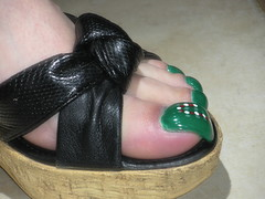 toenails 12-14-10 053 (kellt2010) Tags: christmas green feet foot design long soles extra toenails