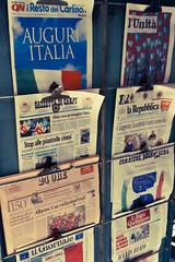 Viva l'Italia (Daniele Tavani) Tags: 1020 ditalia 1020sigma 15017 marzopiazza martirivivalitaliaviva10201020 sigma150 ditalia17 marzopaolapiazza martiridaniele150