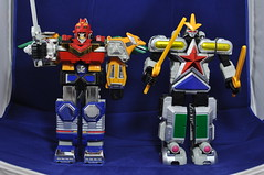 DSC_0071 (Quantum Stalker) Tags: japan metal vintage lost robot power boa galaxy combine oh heavy rangers mecha ginga bandai boj sentai chogokin megazord starbeast gingaman gingaoh gingaioh gingaleon gingat gingarilla gingalcon galactabeast gingaverick