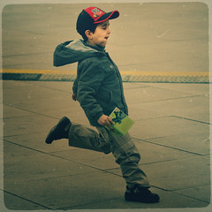 (sommerpfuetze) Tags: street boy motion color berlin texture square flow drive child berliner literacy