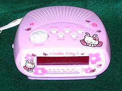 HELLO KITTY Clock Radio & Alarm (Cruioso) Tags: hk alarm radio butterfly am sleep hellokitty butterflies sanrio snooze mariposa fm 1990s 90s alarmclock amfm clockradio snoozebutton