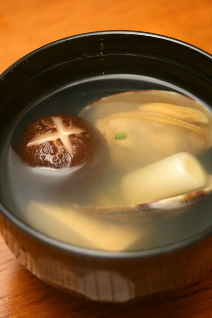 Asari Osuimono - short-neck clam clear soup S$5