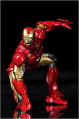 Revoltech Ironman Mk VI (dscans) Tags: toys ironman actionfigures marvel collectibles mkvi plasticfigures revoltech ironmanmkvi revoltechironman